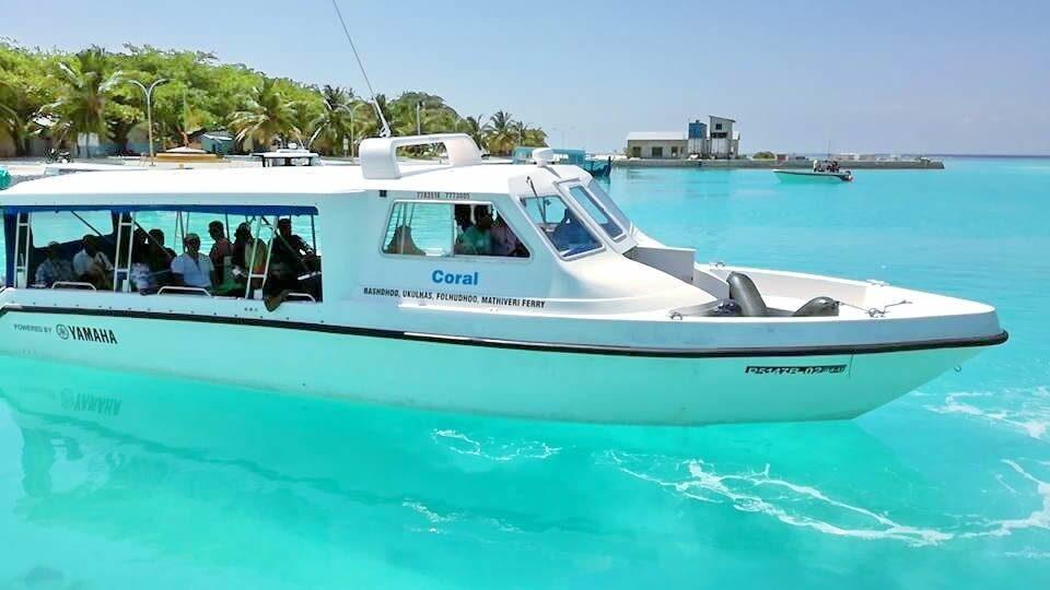 speadboat-male-ukulhas